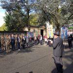 Rabbino prega davanti lapide Ebrei torinesi deportati 8 settembre 2019
