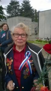 Astra Orlova, 87anni, sopravvissuta all'assedio di Stalingrado iniziato il 23 agosto del 1942 e terminato il 2 febbraio 1943 che vide l'Armata Rossa contro le forze tedesche, italiane, romene ungheresi  per il controllo del Fronte orientale.